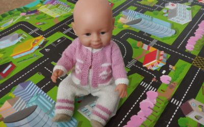 Вяжем штанишки спицами для куклы